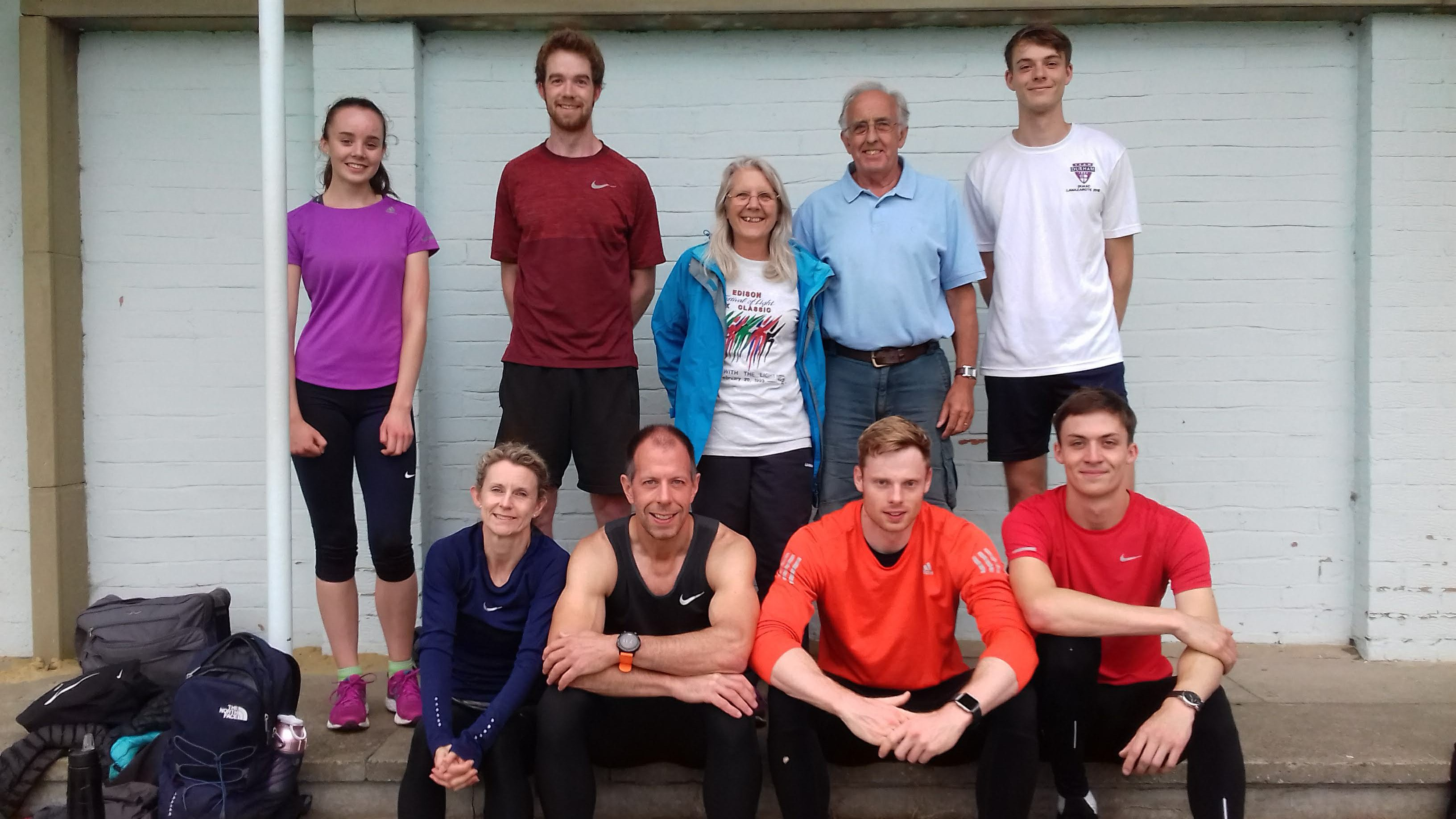 Long sprint running team of the Durham City Harriers
