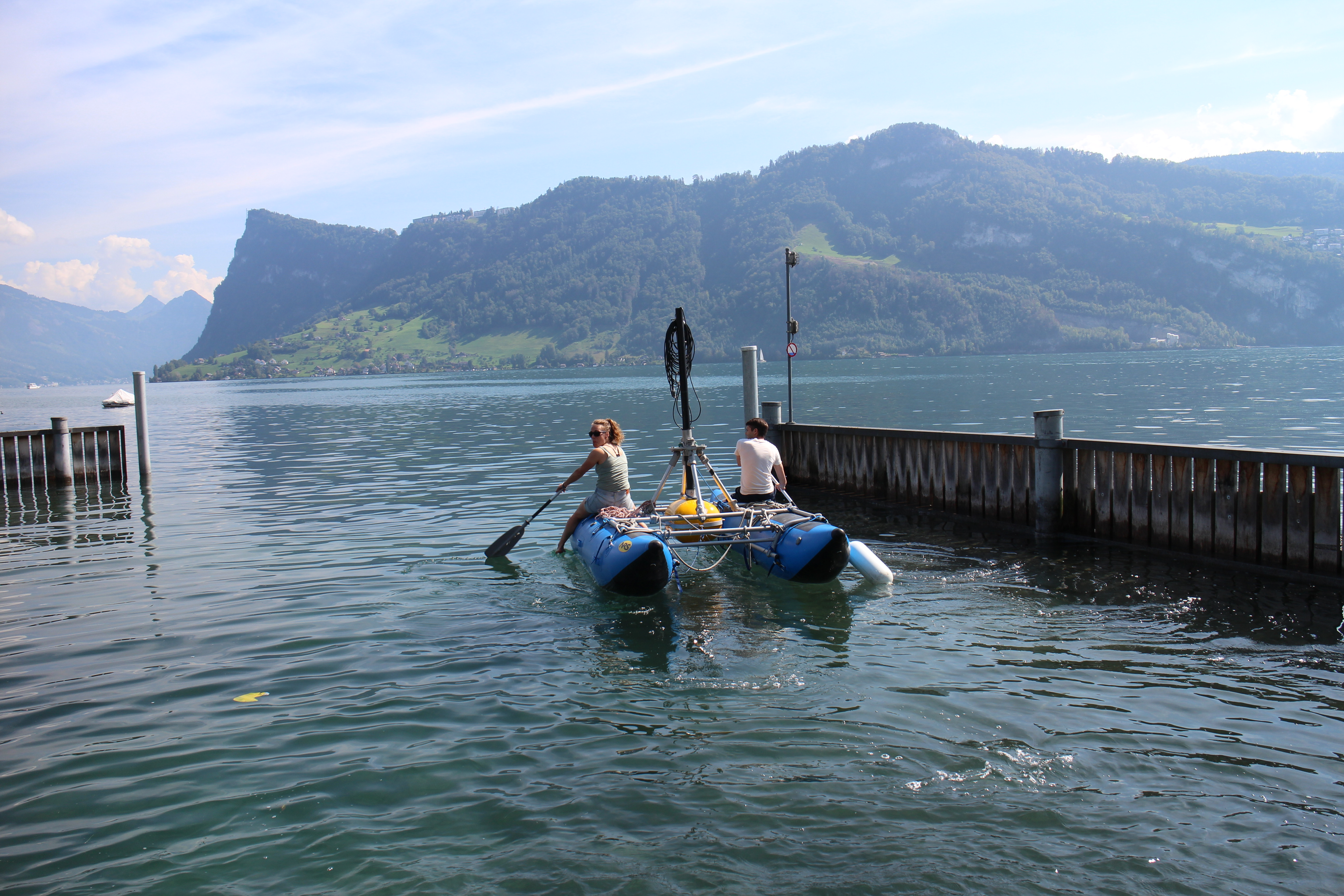 Paddling the raft (for 3.5 kHz data collection) out of the EAWAG harbour